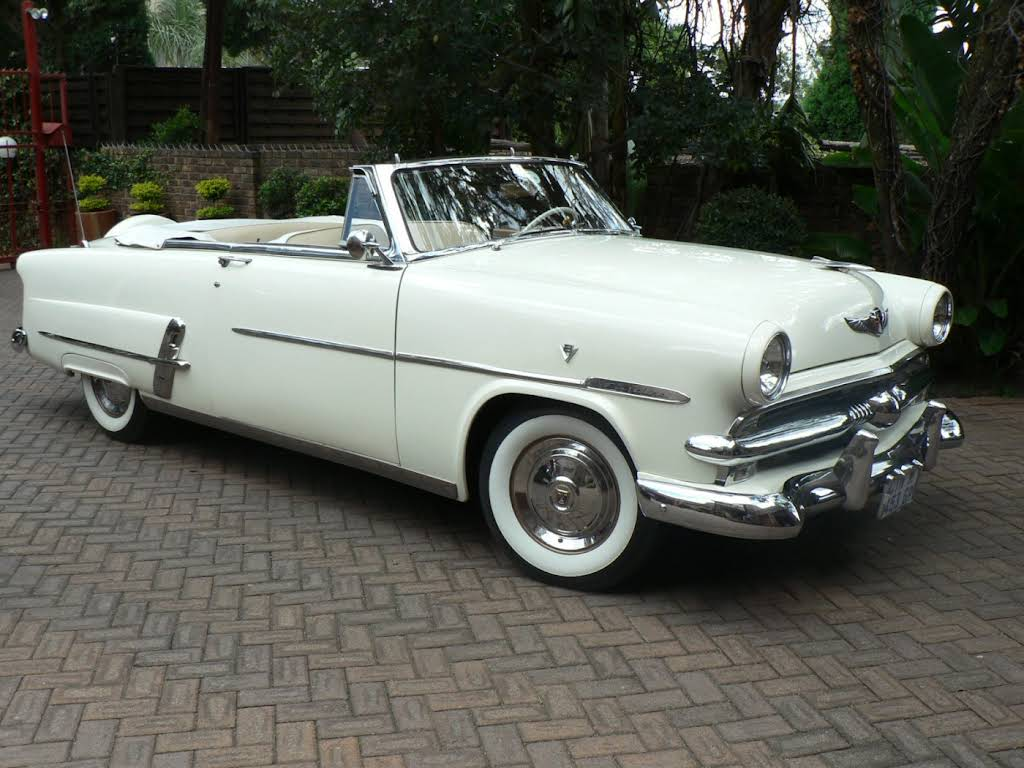 1953 Ford Crestline Sunliner Convertible for rent in Gauteng Hire Pretoria