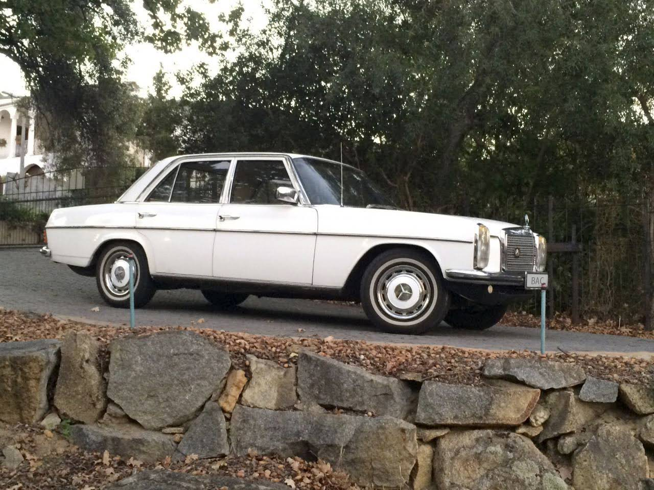 Mercedes benz w115 240d for hire in wellington bookaclassic for Mercedes benz for rent